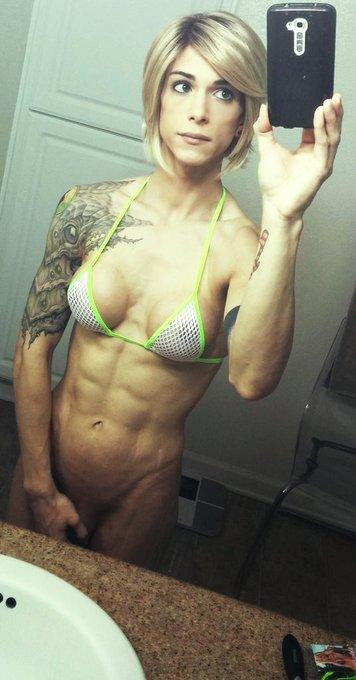 1 pic. A bit #fit #tsninalawless #NinaLawless  #abs #bikiniaddict http://t.co/W6weeQNuXS