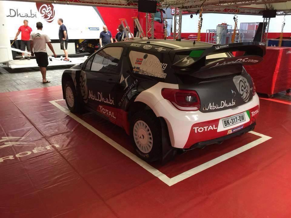 [INFORMATION] La DS 3 WRC 2015 change de look ! CFPDJxXW0AIKAsR