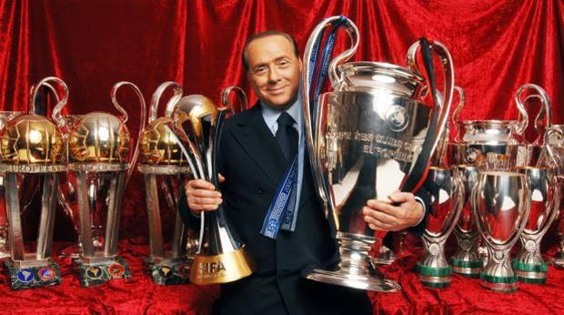 Berlusconi allenatore di calcio