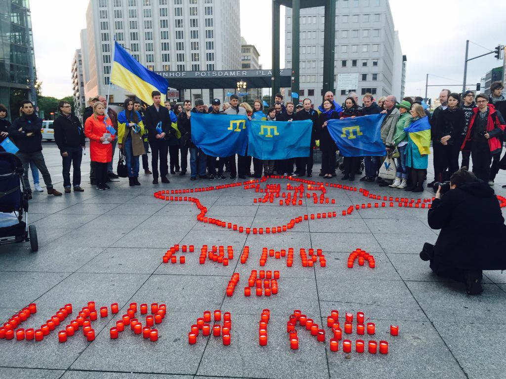 В Варшаве Марш солидарности с Украиной посвятили годовщине депортации крымских татар - Цензор.НЕТ 2142