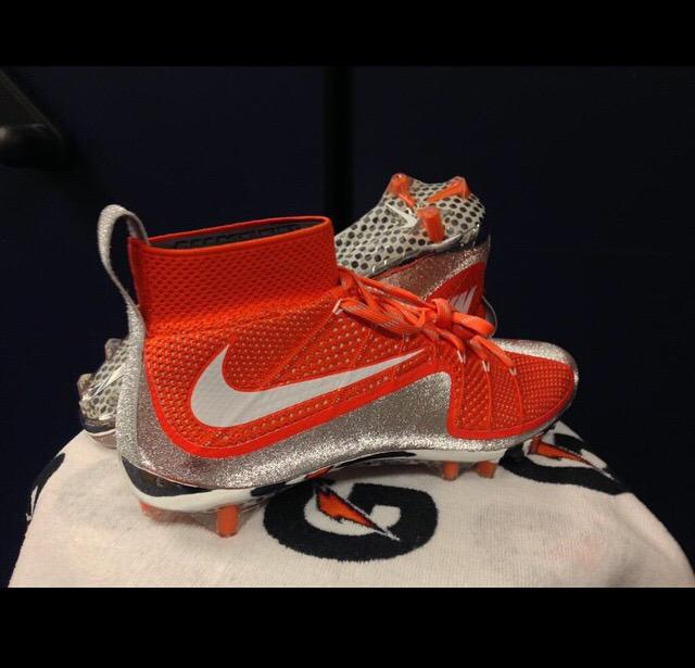 orange nike cleats 2015 nike vapor football cleats