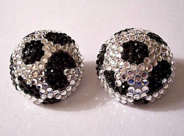 Black Spotted Crystal Disco Ball Clip On Earrings Silver T… http://t.co/tScizMFA1p #monetoldjewelry #BelliniJewelry http://t.co/euxAYtIAuQ