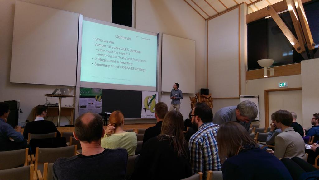 #QGIS2015 Tobias Reber presenting on use of #QGIS at Kanton Solothurn http://t.co/LIuXyaI6Vd