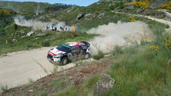 [INFORMATION] La DS 3 WRC 2015 change de look ! CFSiib1W0AA5NFJ