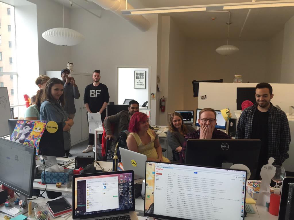What my team looks like when an exclusive @NICKIMINAJ and @Beyonce music video debuts http://t.co/H8MLHVhfBX