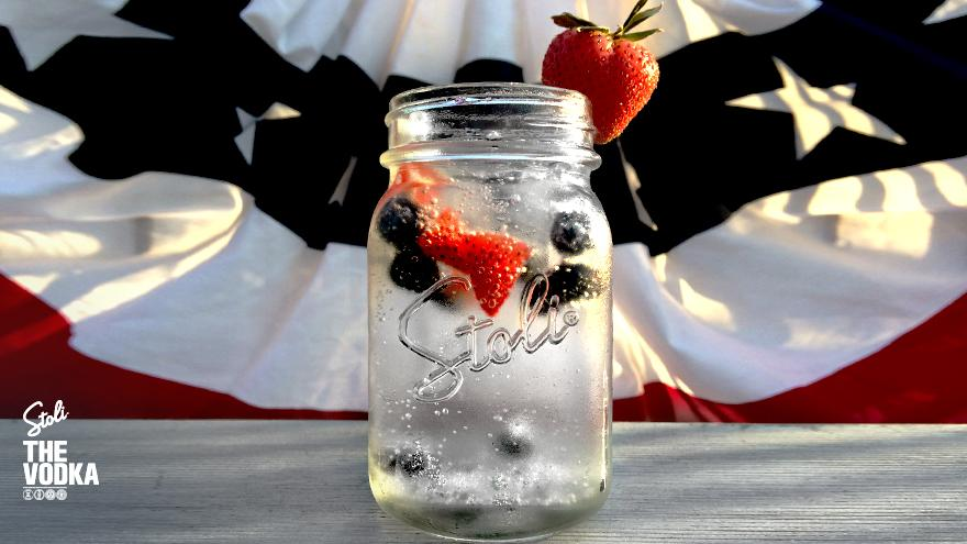 Celebrate #MemorialDay THE Stoli way, with fresh strawberry and blueberry garnishes for your cocktail. Cheers! http://t.co/KME59lkJYt