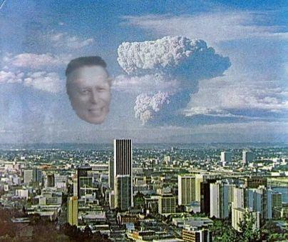 Who can forget this day in 1980, when facing our DOOM, the face of TOM PETERSON appeared and Portland was saved? http://t.co/G2FEmXNMPn