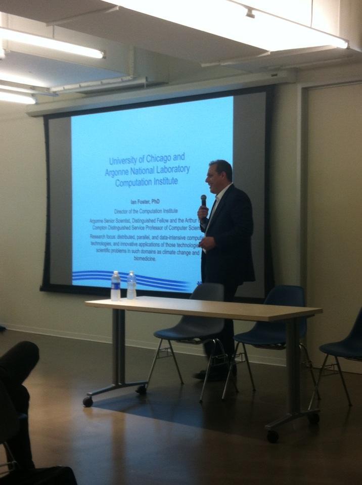 @Jcsilverstein opening remarks #BigData #patientcare @northshoreweb @matterchicago #nsnextmed http://t.co/nazIpQCxDH