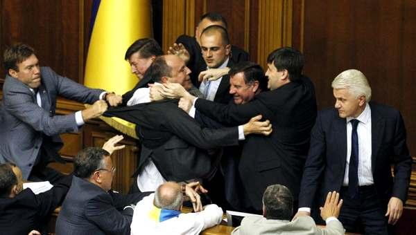 ГПУ готова обеспечить Януковичу защиту для проведения следственных действий - Цензор.НЕТ 1453