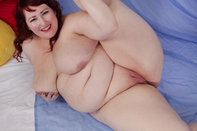 Flexible BBW... Porn Star Eliza Allure. Video at http://t.co/SKruknTT9R and http://t.co/2yKuZ2s7M9 http://t