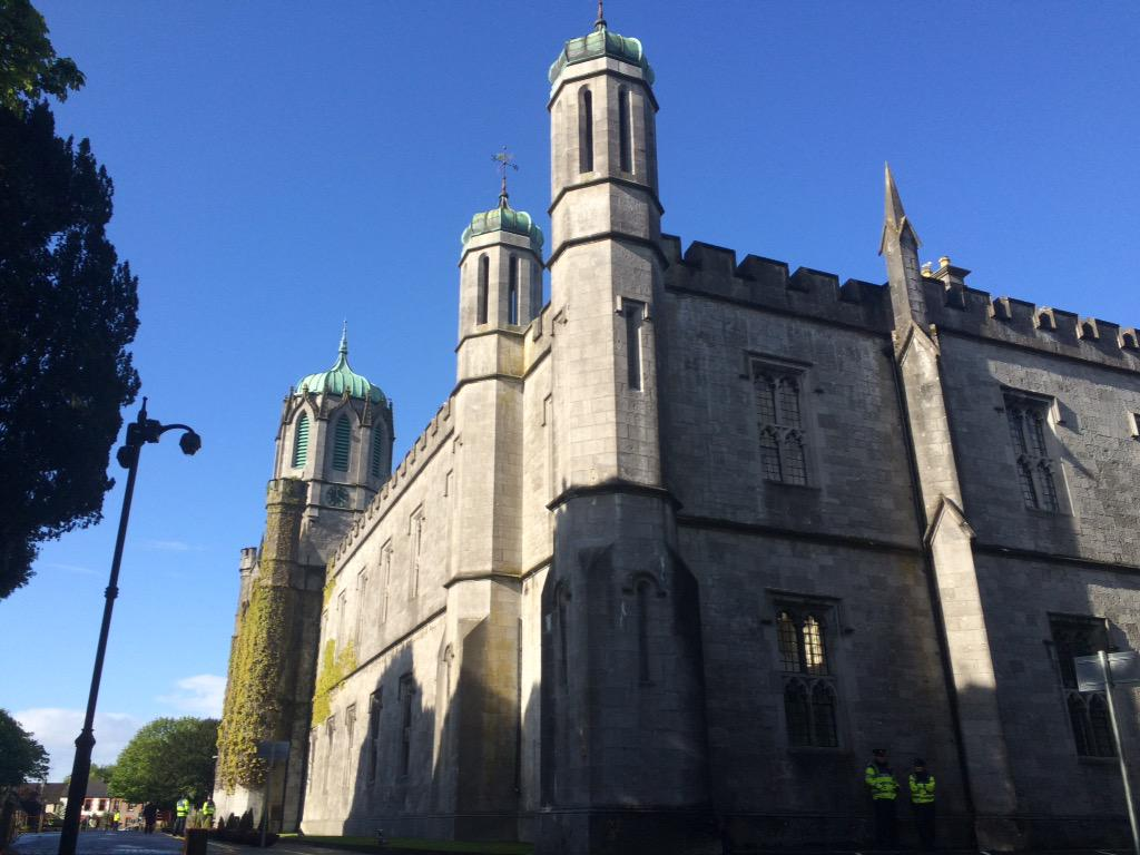 Galway - you're looking well! #RoyalVisitIreland @nuigalway @BritEmbDublin @ClarenceHouse http://t.co/ihKg3VQvIK