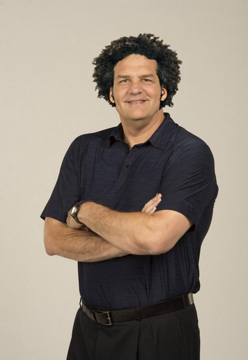 RT if you think @espngolic should grow his hair out!
