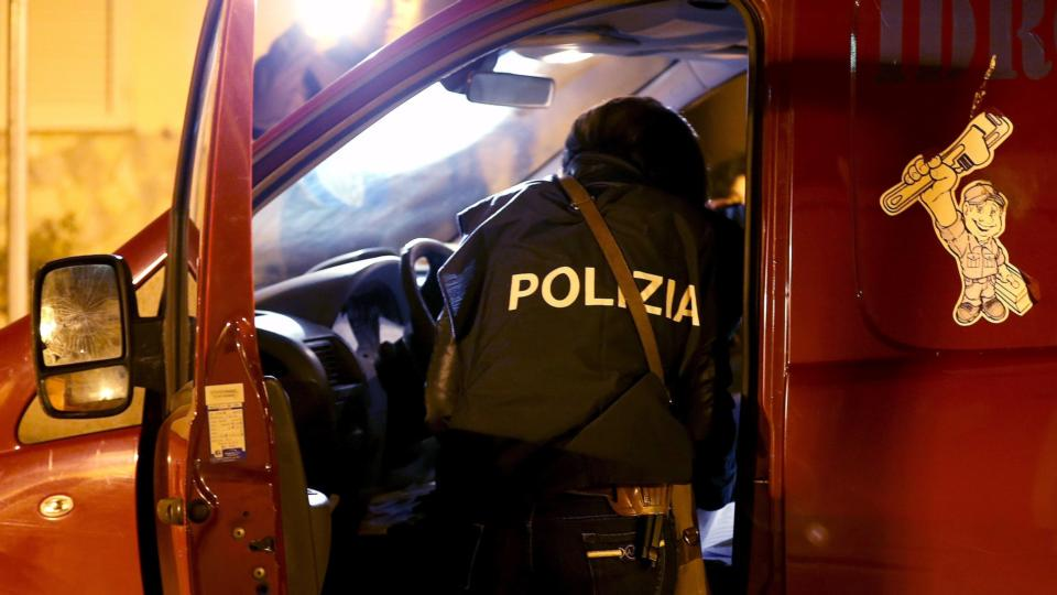 50 arrested in Italy over suspected match fixing in Italian football [Video]
