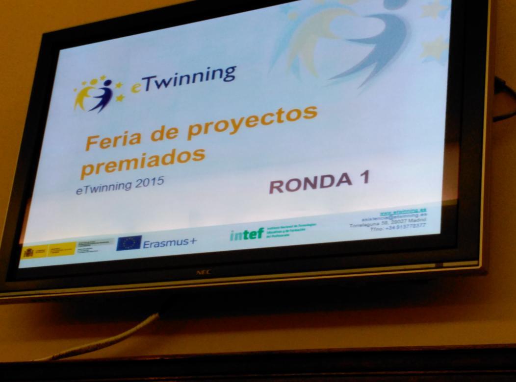 Comienza la segunda parte de la tarde #etjuntos #etwinning10 http://t.co/lobhxzwkMj