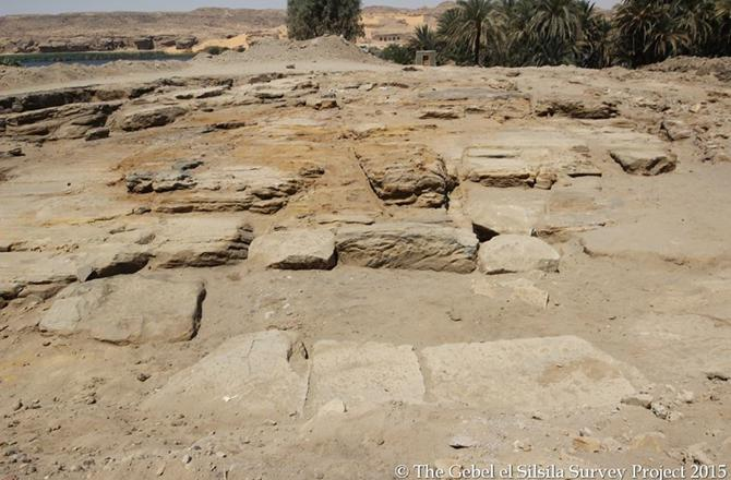 Long-lost #Egyptian #temple unearthed at Gebel El Silsila, north of #Aswan http://t.co/FoWPoiDy60 http://t.co/7ItwP77WRR #CR #CairoRepo…