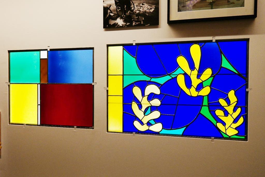 Dialogue original entre Le Corbusier et Matisse #expo #vitrail @ Cité de l'Archi #paris http://t.co/Svwn2oh9H3