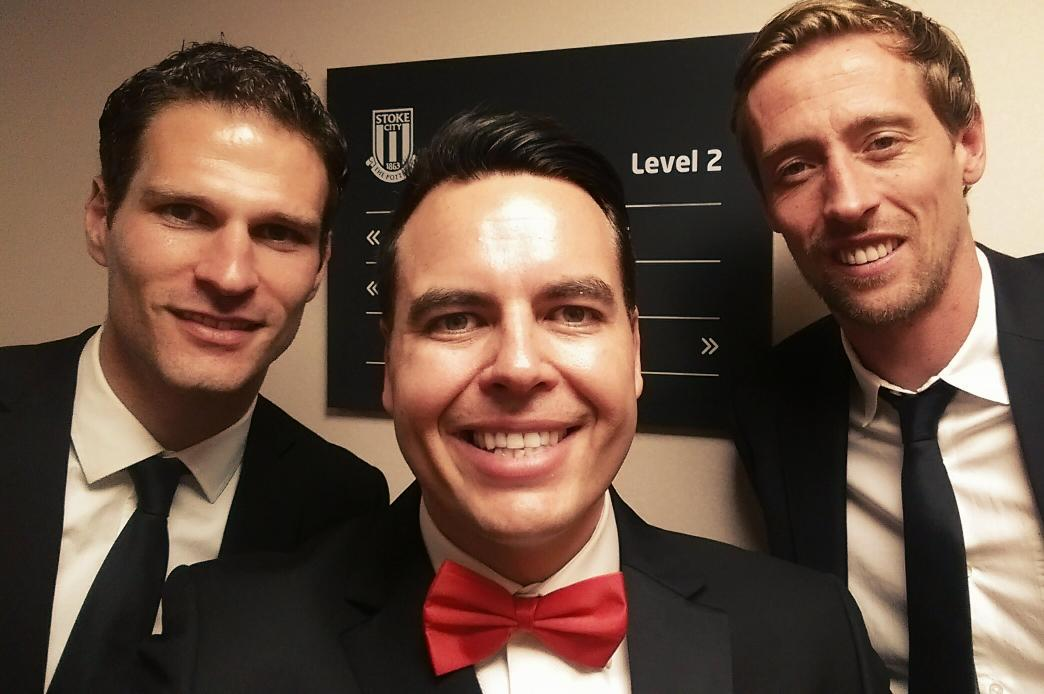 At the @stokecity end of season awards. Quick selfie with my son Evan's two favourite players! @asmir1 @petercrouch http://t.co/maU7xpFAID