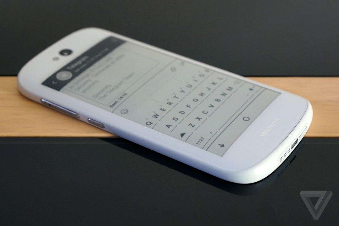 You can now pre-order the dual-display YotaPhone 2 via Indiegogo