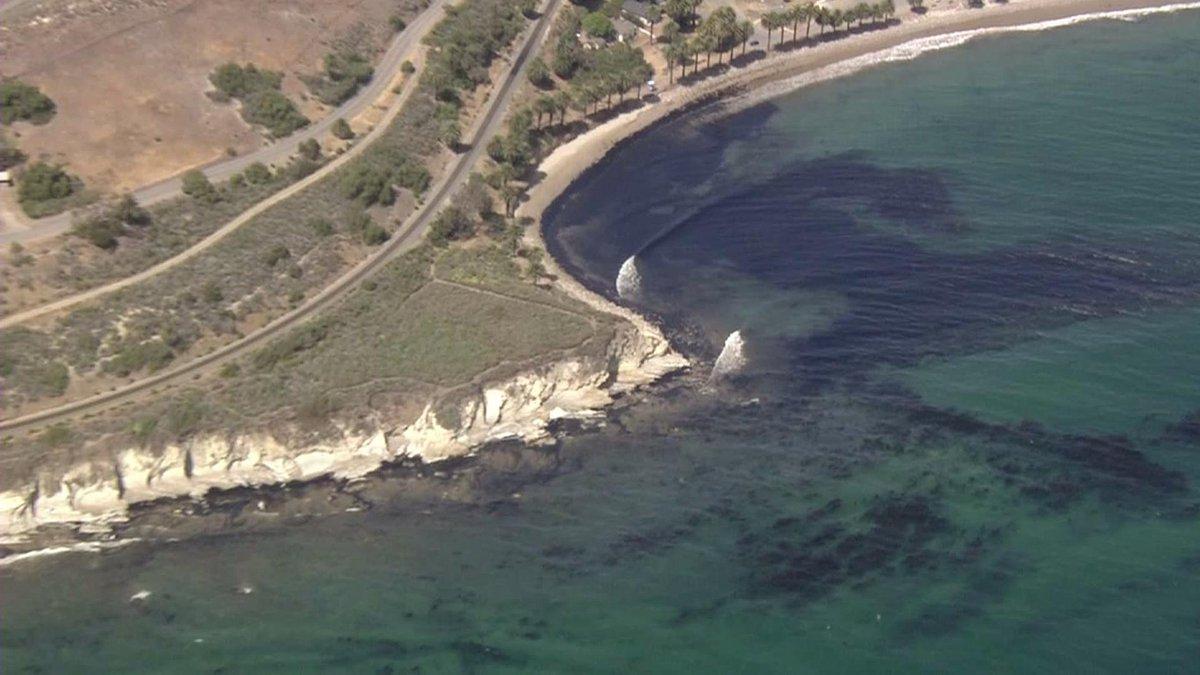 FOTO disastro ambientale a Santa Barbara