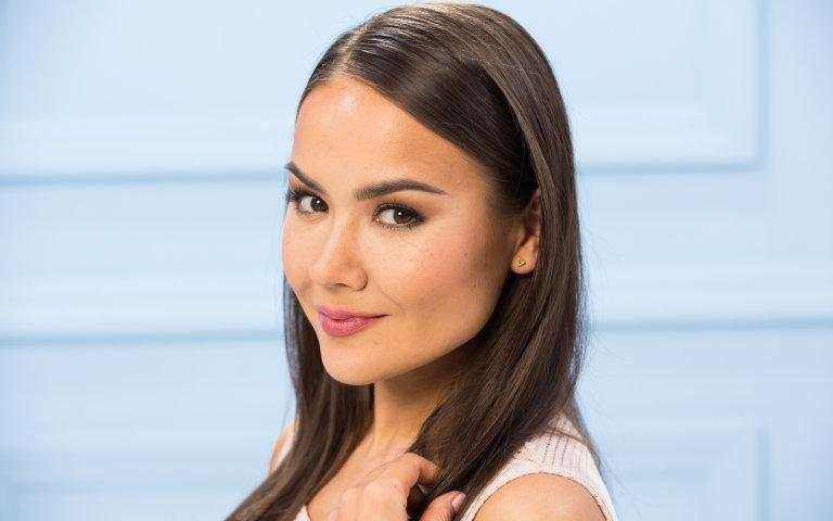 How to perfectly contour like a beauty blogger: http://t.co/TcPnHVn3ib http://t.co/qsxti3T2Rj