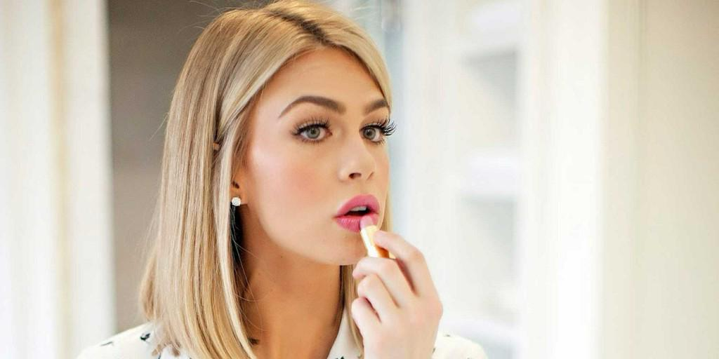 19 Genius Tips for Brides Who Want to Do Their Own Wedding Makeup http://t.co/Bljja5sRAX http://t.co/TN7vBhuviX