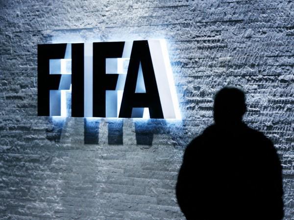 Scandalo FIFA: USA scatenano un Terremoto nel mondo del Calcio, arresti a Zurigo per corruzione