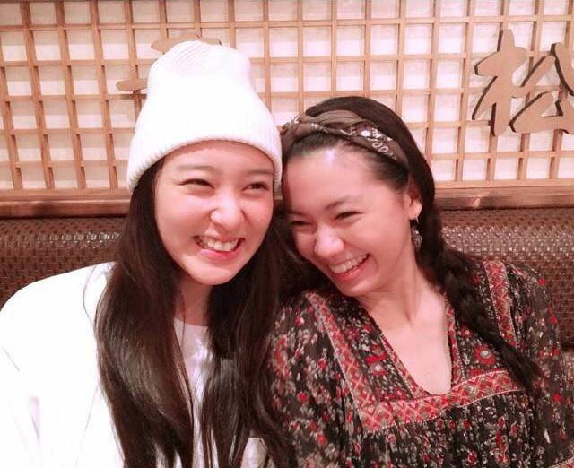 Photo of Fumi Nikaido & her friend actress  Takei Emi - The Weather Girl Knows
