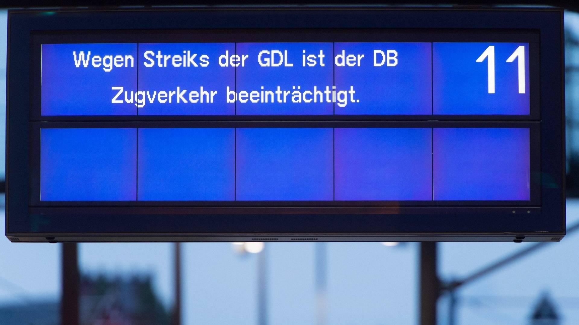 So läuft der GDL-Streik in Berlin an #Bahnstreik http://t.co/gkDNaIzccx
