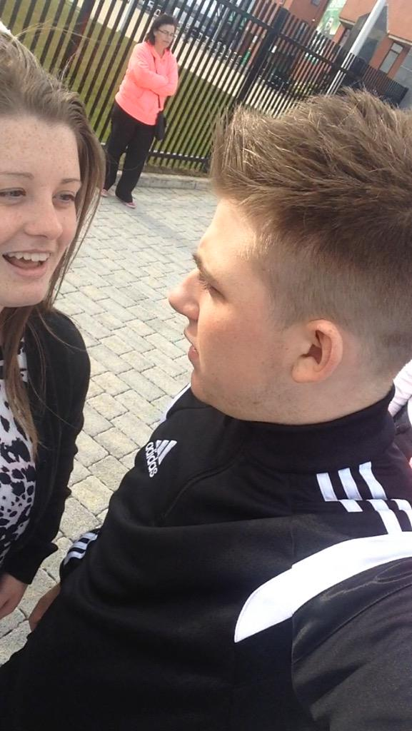 RT @shannon_bell_1: Having a good conversation 😂 @nickymcdonald1 http://t.co/B7woL5r8ex