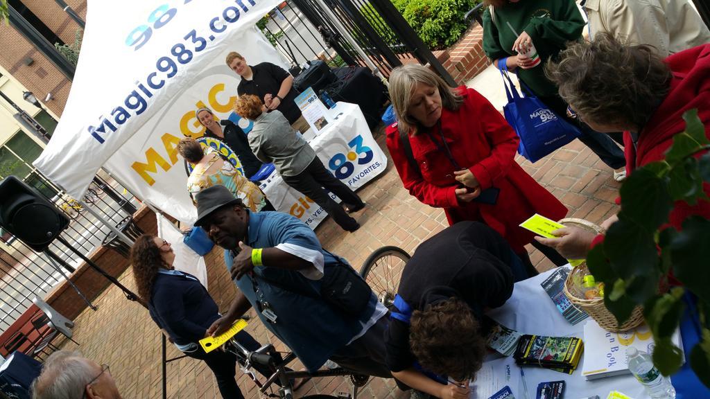 Enter to win tix to @StateTheatreNJ & grab some giveaways from @Magic983 @NBCityMarket @KidsMiddlesex  #biketoworknj http://t.co/bra4KI6OBg