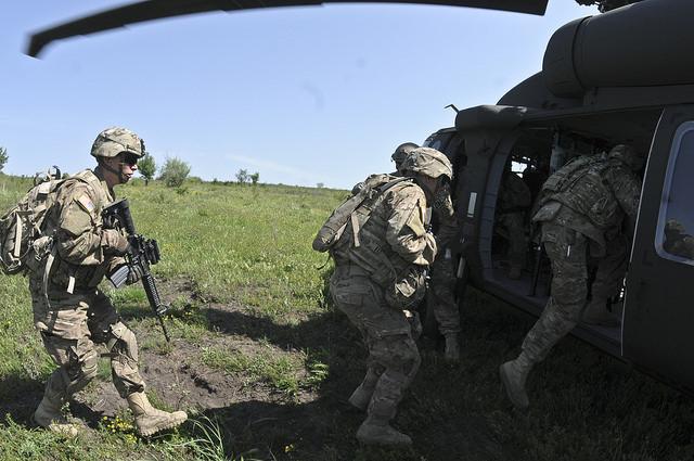 Российские пограничники открыли огонь по авто, выезжающему с территории Украины - Цензор.НЕТ 1381
