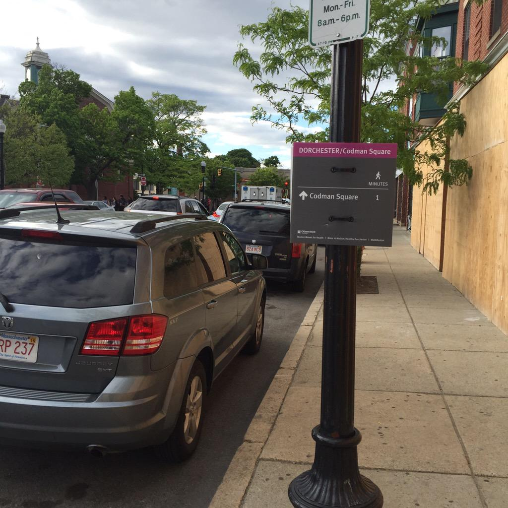 The way finding signs in Codman are such a simple idea but so impactful. #WalkDOT http://t.co/vydU8u3975