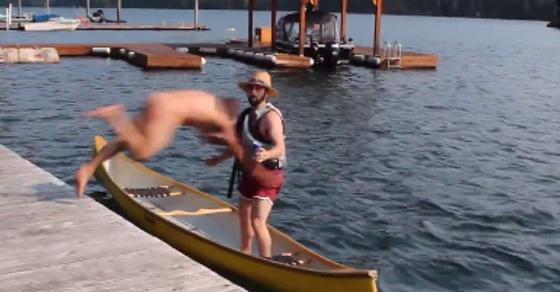 boating canoe Naked