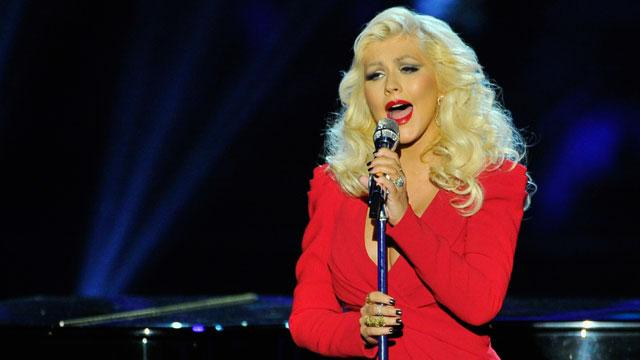 """@etnow: Wow, @Xtina's new #FindingNeverland ballad is gorgeous. http://t.co/UlImU8yQc0 http://t.co/afOaMDxEUo"" she moves me to tears always"