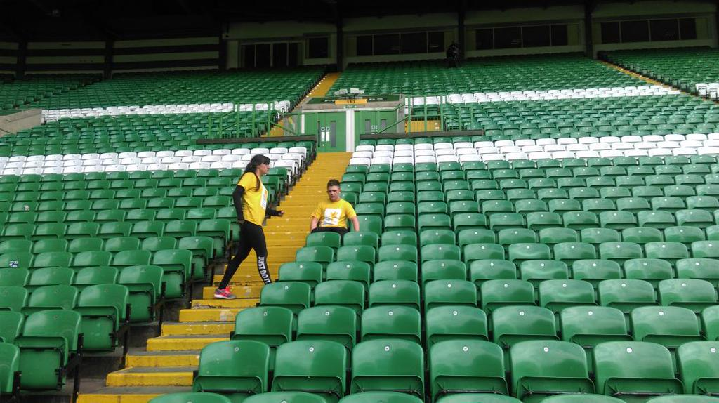 RT @mariecurieuk: Last day for @a_rose1dresses & @nickymcdonald1 at their Celtic Park sit-athon! Text SEAT56 £3 to 70070 to donate £3. http…