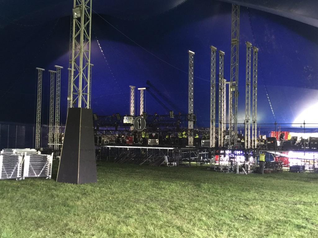 Inside the #bigweekend INMWT tent. http://t.co/o6aLzbAi14