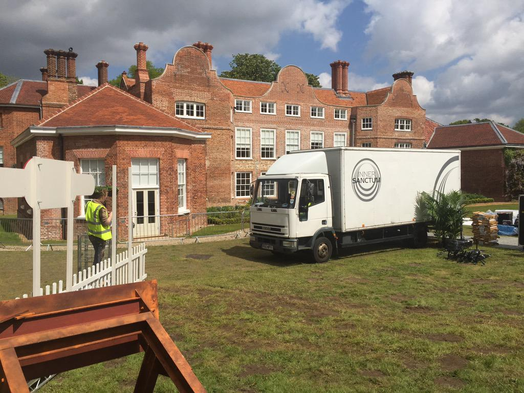 The beautiful Earlham Hall is the setting for the backstage area #BigWeekend http://t.co/k7WSJTqRe0