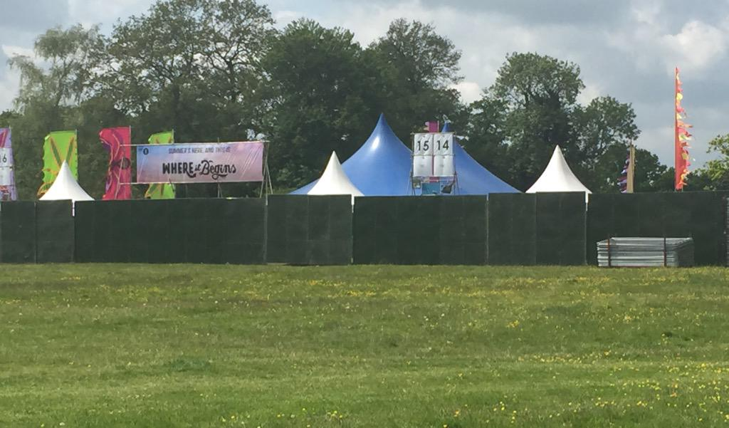 Aaaand this is where it begins! #bigweekend http://t.co/8sgYUzgi7P
