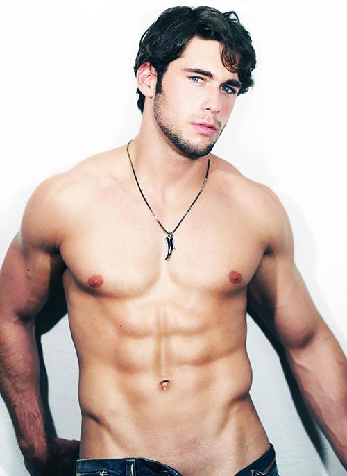 Hot men love