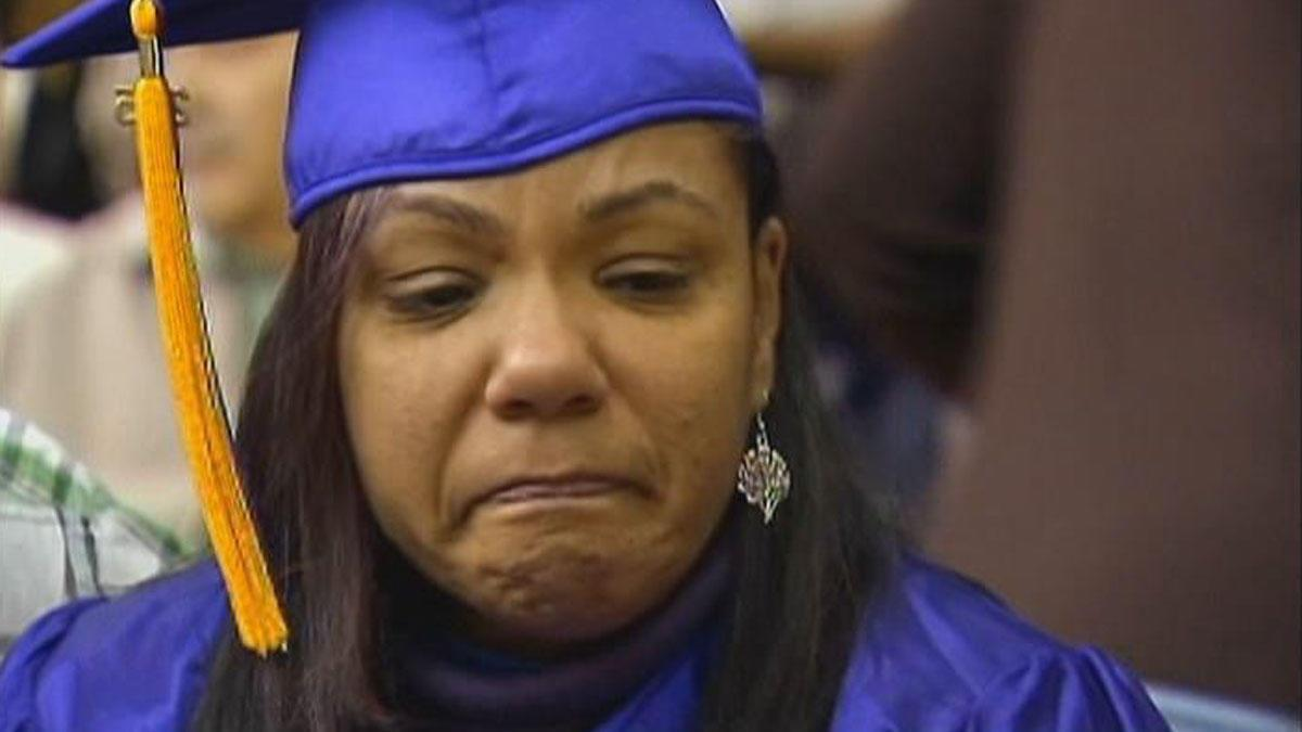 Mom graduates in son's place after fatal prom night crash --> http://t.co/kLzZFscCEB