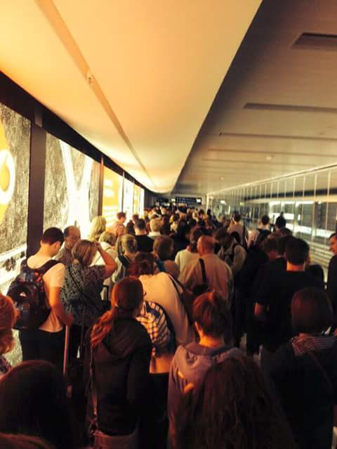 THIS is the queue to get back into Ireland in Dublin Airport right now. #MarRef #VoteYes http://t.co/WbsuwECnqb