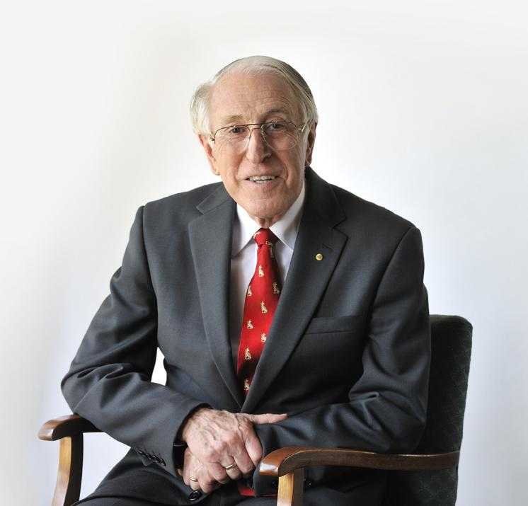 Delighted to announce Professor Graeme Clark will be at Cochlear booth, #ESPCI Toulouse, 22 June. #hearnowandalways<br>http://pic.twitter.com/gE7PNhQN46