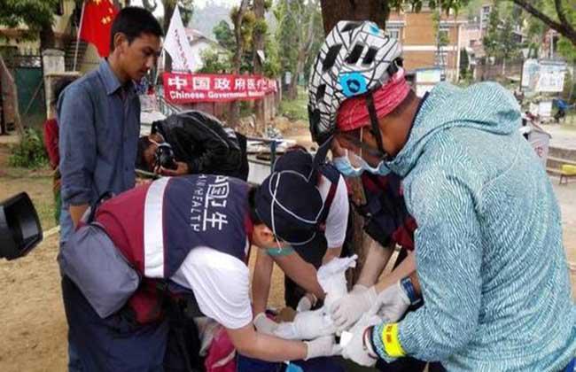 चीनले नेपाली सेनालाई दियो घुम्ती अस्पताल…