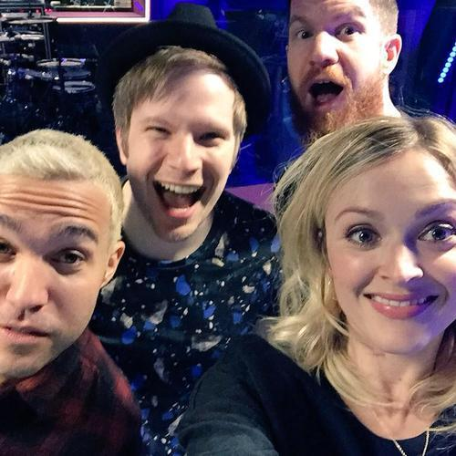 RT @falloutboy: thnks fr th mmrs @Fearnecotton http://t.co/kJuPZvGErl