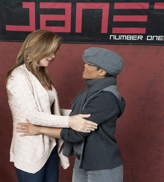 RT @darkhaired1: I love these two women! They're strong and have brilliant minds! @kathyireland is a force of nature @JanetJackson http://t…