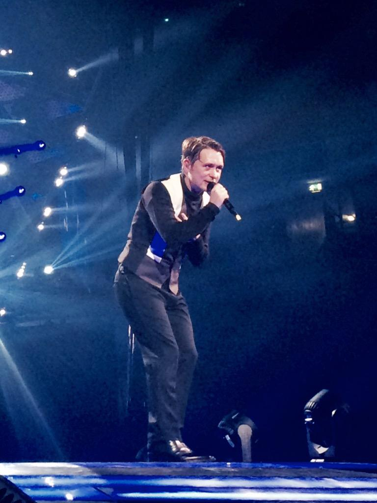 RT @OfficialMarkO: Wow.....it was hot at the Manchester Arena tonight Friday night in Manchester! Gotta live for These Days Love M.O X http…