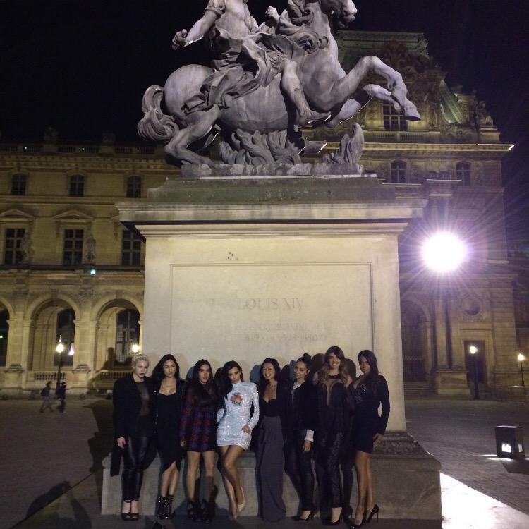 Paris bachelorette vibes! http://t.co/VzOInBrDCv