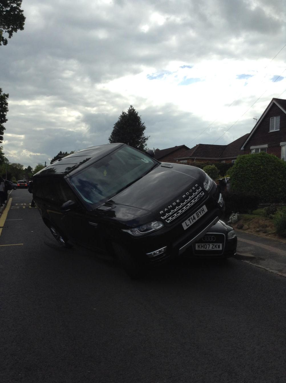 Parked my car in a quiet village. Then this.Felt so sick and shaken by the fact someone can drive so dangerously. http://t.co/bem4KHMwUx