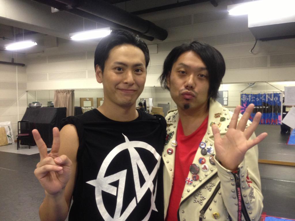 健二郎、誕生日おめでとう!!!フィッシュフィッシュー!!! http://t.co/eKIPgFSMtq