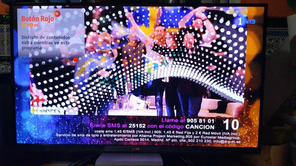 #Eurovision2015 SMS 1,45€ en España vs 0,20 en Alemania LLAMADA 1,45-2€ vs 0,14 En esto también se ríen de nosotros. http://t.co/fl4IjR0F2p